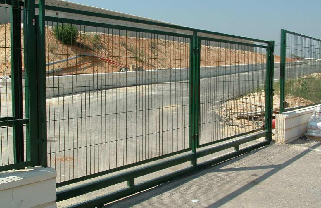 Puertas correderas tipo 1h cercados metalicos valencia for Puertas corredizas de metal